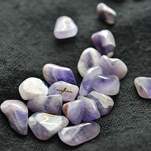 Каменные руны в интернет-магазине Magic-Kniga