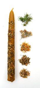 Свеча средняя с травами желтая Универсальная
