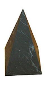 Пирамида из шунгита высокая неполированная 4 см